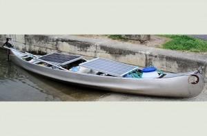 Canoe solaire
